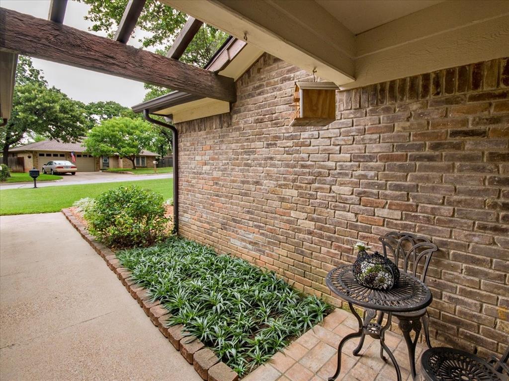 4700 Lone Oak  Drive, Arlington, Texas 76017 - acquisto real estate best listing photos hannah ewing mckinney real estate expert