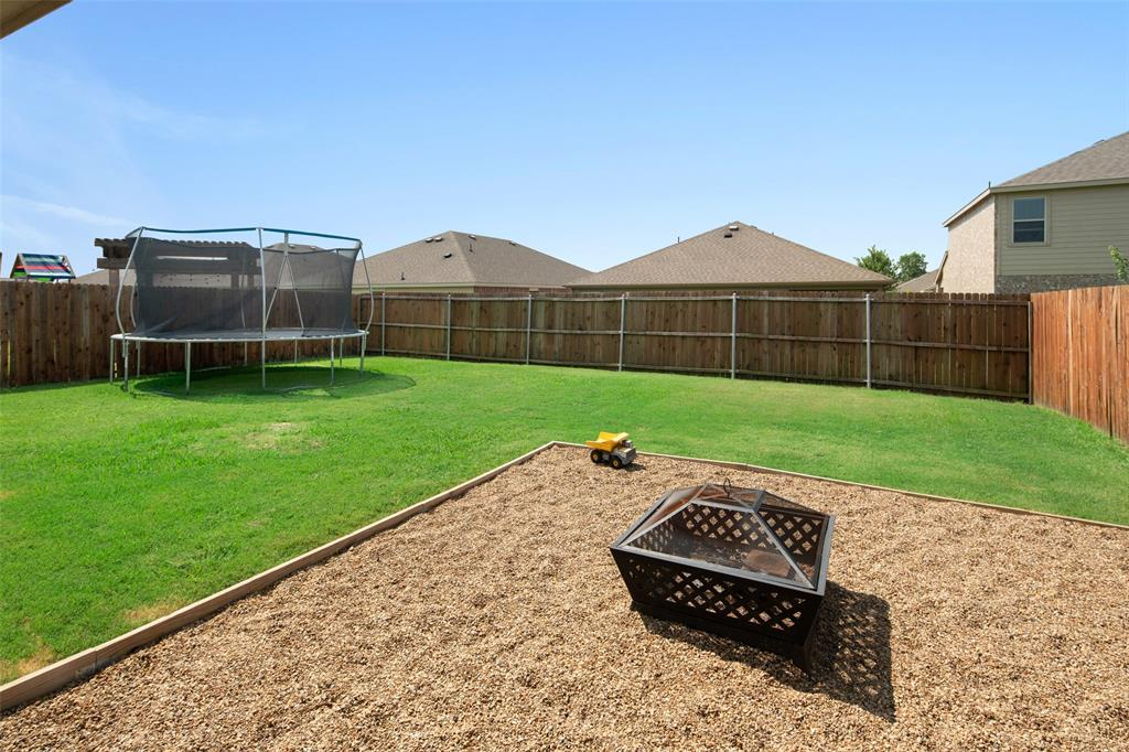 1107 Rainer  Drive, Princeton, Texas 75407 - acquisto real estate best realtor dfw jody daley liberty high school realtor