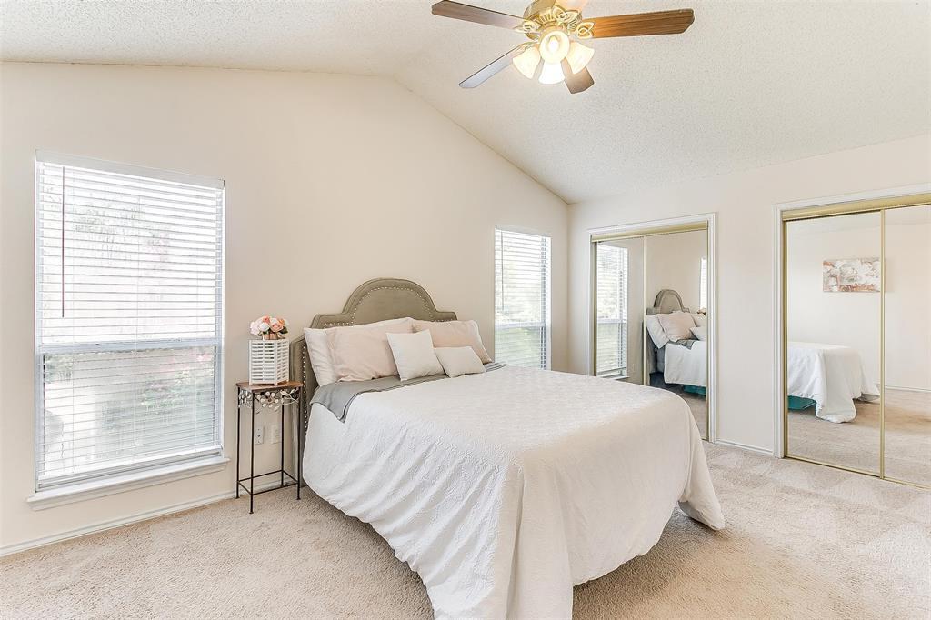6028 Hillglen  Drive, Watauga, Texas 76148 - acquisto real estate best looking realtor in america shana acquisto