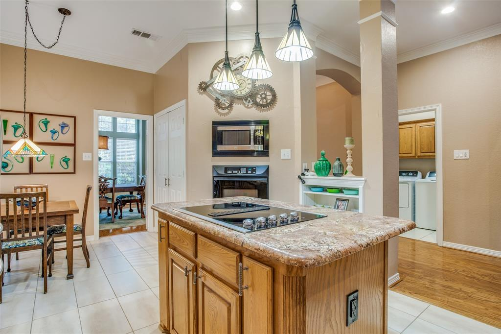 1732 Glenlivet  Drive, Dallas, Texas 75218 - acquisto real estate best new home sales realtor linda miller executor real estate