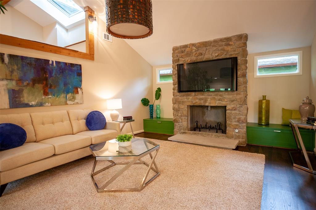 8176 Barbaree  Boulevard, Dallas, Texas 75228 - acquisto real estate best luxury buyers agent in texas shana acquisto inheritance realtor