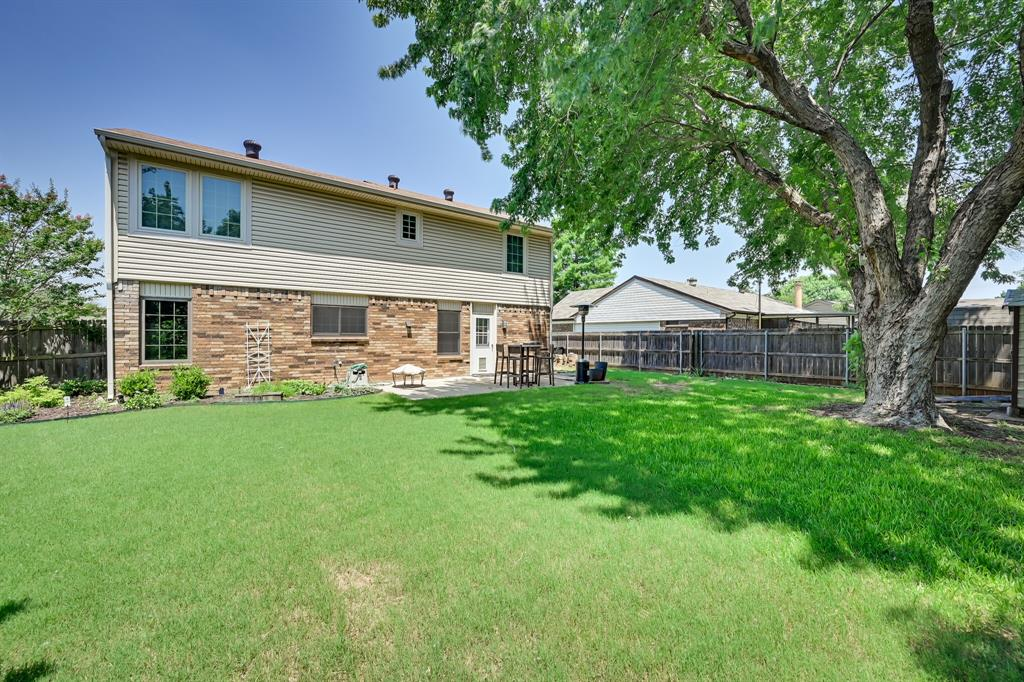 528 Yellowstone  Drive, Grapevine, Texas 76051 - acquisto real estate best plano real estate agent mike shepherd