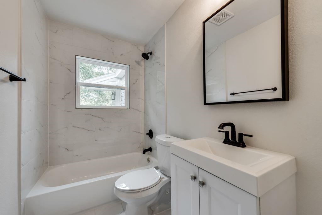 1237 Fuller  Drive, Dallas, Texas 75218 - acquisto real estate best designer and realtor hannah ewing kind realtor