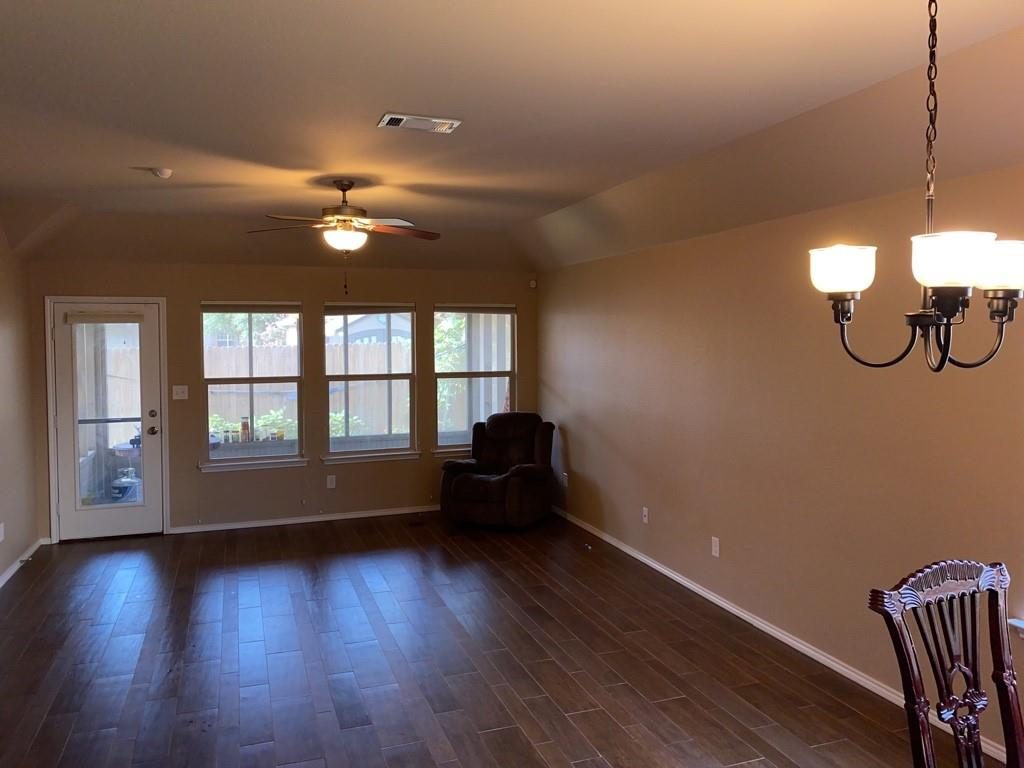4505 Red Robin  Court, Fort Worth, Texas 76244 - acquisto real estate best real estate company to work for