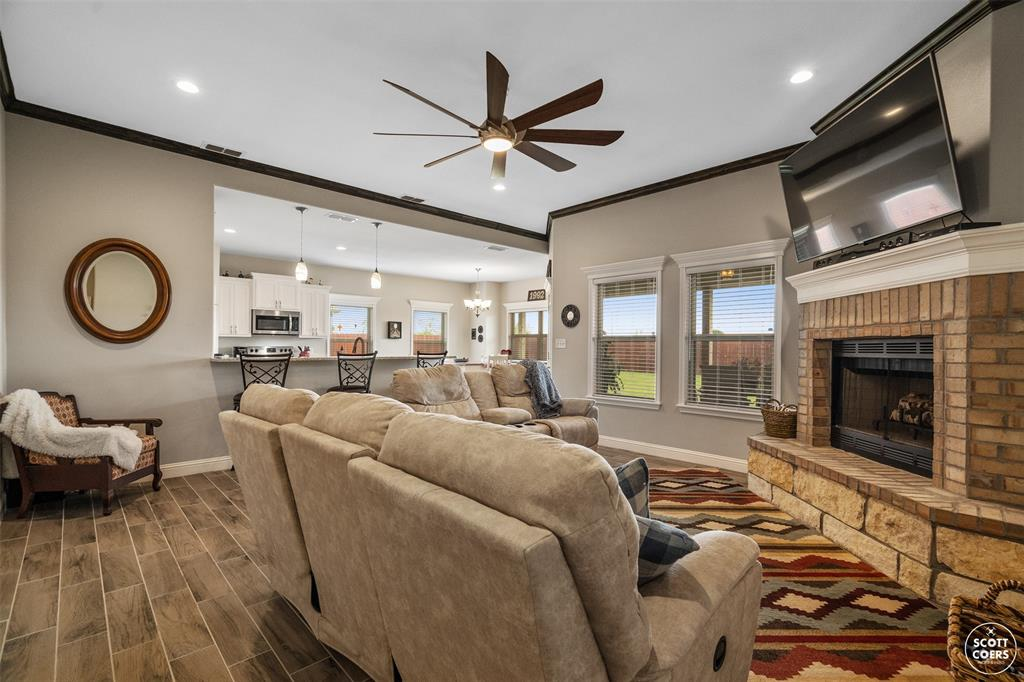 1504 Southgate  Drive, Brownwood, Texas 76801 - acquisto real estate best celina realtor logan lawrence best dressed realtor