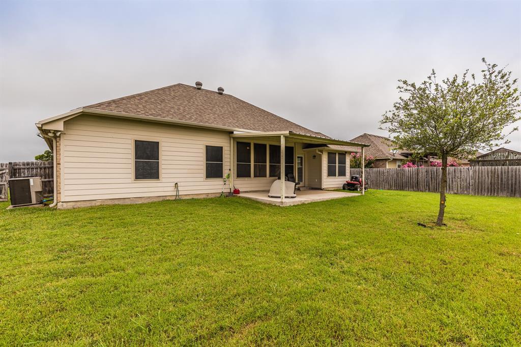 124 Joyce  Street, Whitney, Texas 76692 - acquisto real estate best relocation company in america katy mcgillen