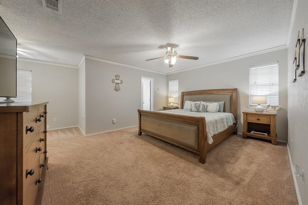 2732 Meadow Green  Bedford, Texas 76021 - acquisto real estate best designer and realtor hannah ewing kind realtor