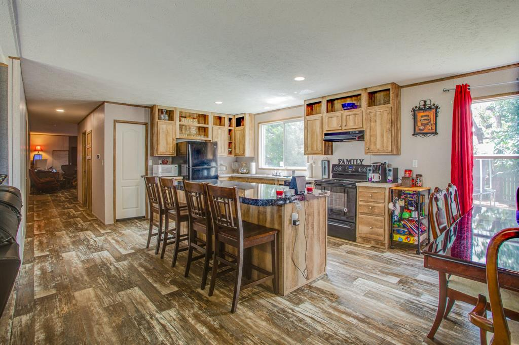 815 Whippoorwill  Drive, Granbury, Texas 76049 - acquisto real estate best highland park realtor amy gasperini fast real estate service
