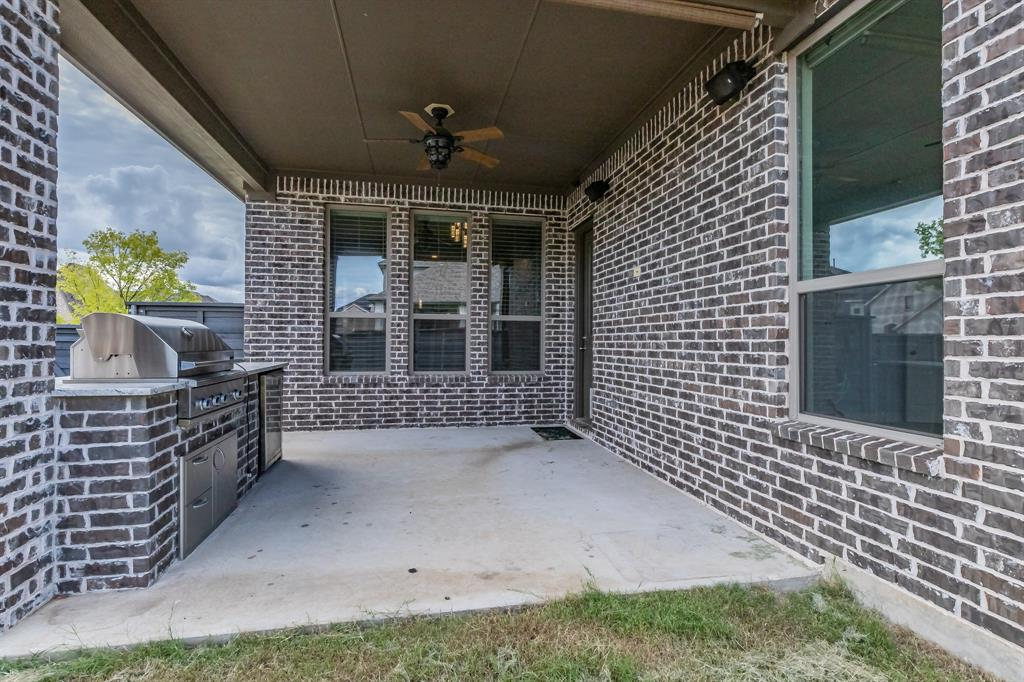 5100 Ember  Place, Little Elm, Texas 76227 - acquisto real estate best frisco real estate agent amy gasperini panther creek realtor