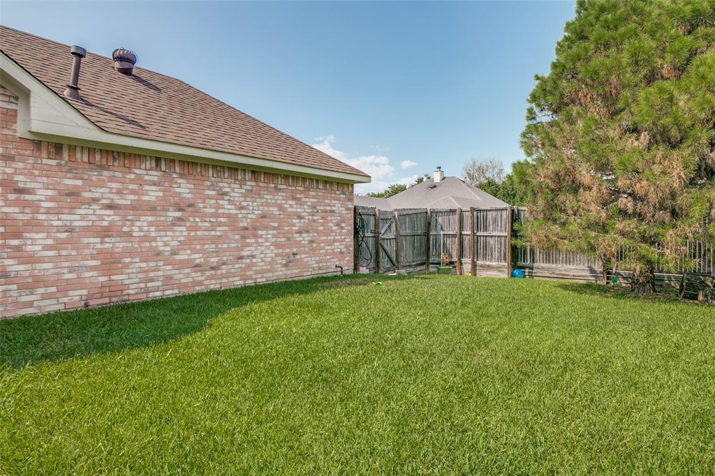 1813 Marcella  Lane, Rowlett, Texas 75089 - acquisto real estate best frisco real estate agent amy gasperini panther creek realtor