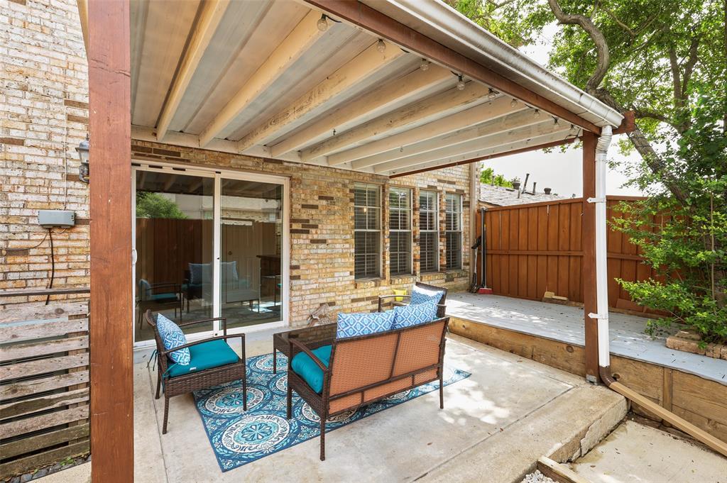 7609 Pebblestone  Drive, Dallas, Texas 75230 - acquisto real estate best frisco real estate agent amy gasperini panther creek realtor