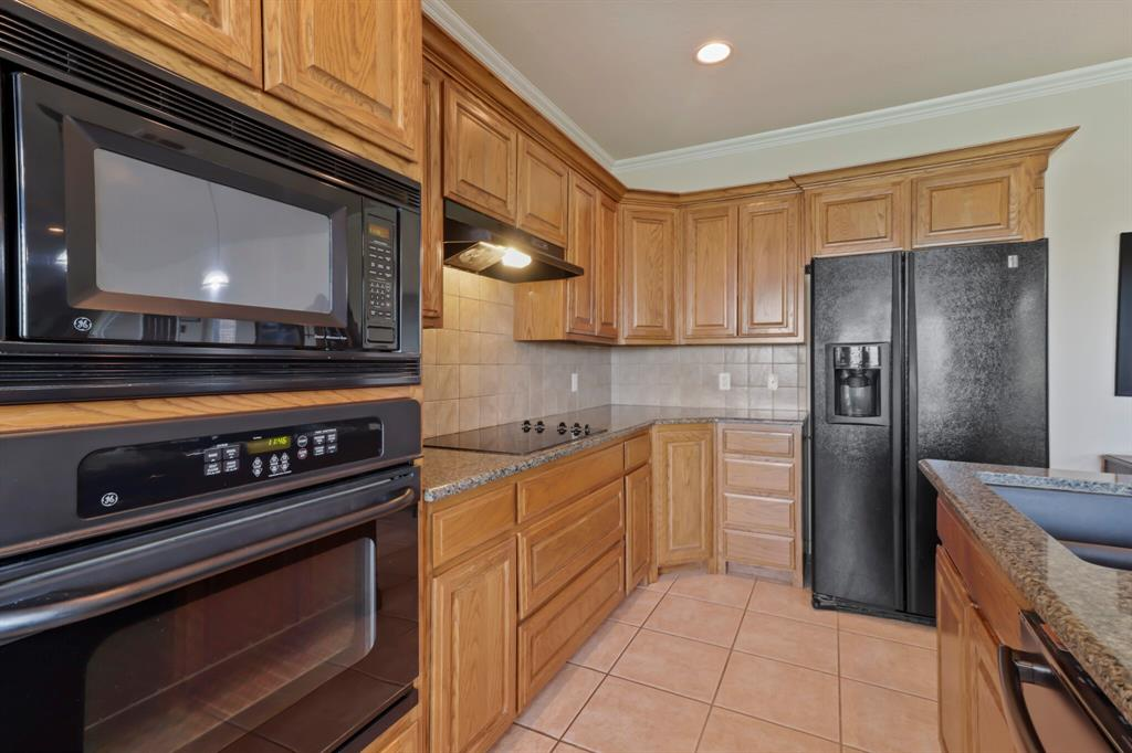 4760 Bonnie Brae  Street, Denton, Texas 76207 - acquisto real estate best listing agent in the nation shana acquisto estate realtor