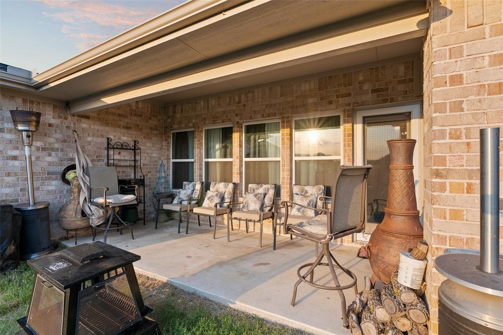 4014 Kensington  Drive, Sanger, Texas 76266 - acquisto real estate agent of the year mike shepherd