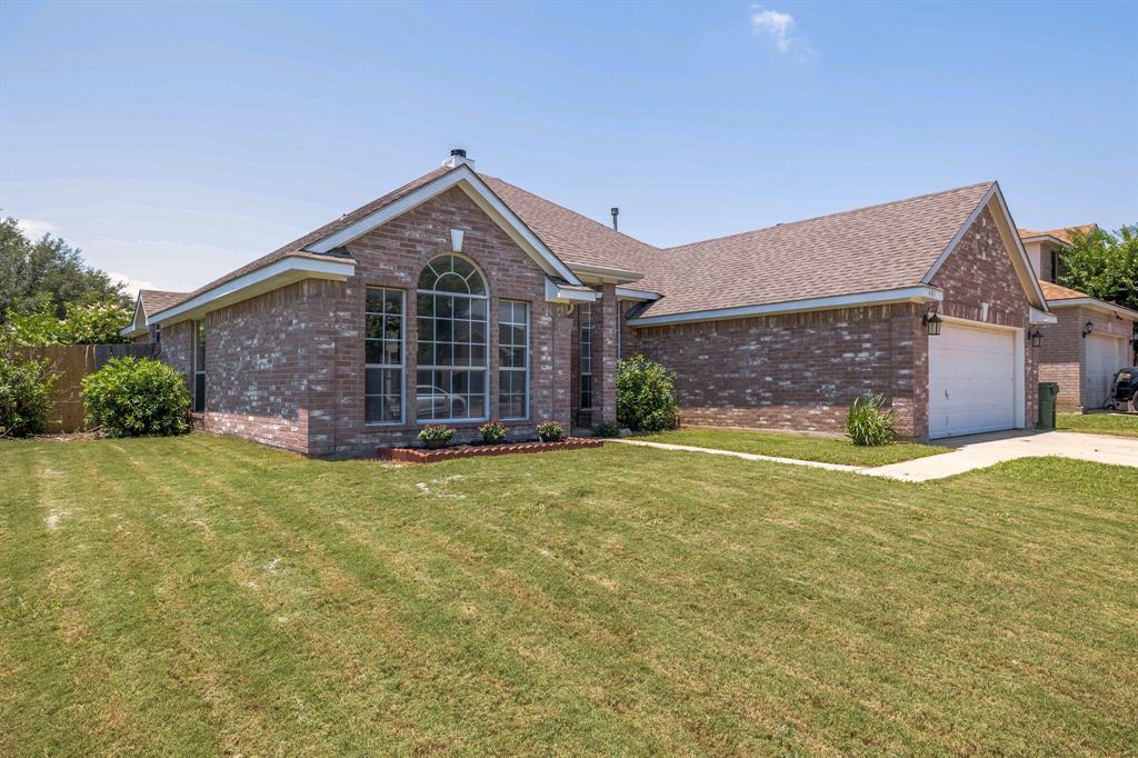401 Watertown  Lane, Arlington, Texas 76002 - Acquisto Real Estate best mckinney realtor hannah ewing stonebridge ranch expert
