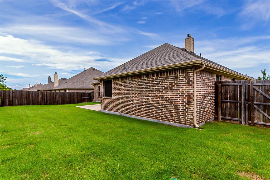 5025 Hidden Creek  Road, Garland, Texas 75043 - acquisto real estate best photo company frisco 3d listings