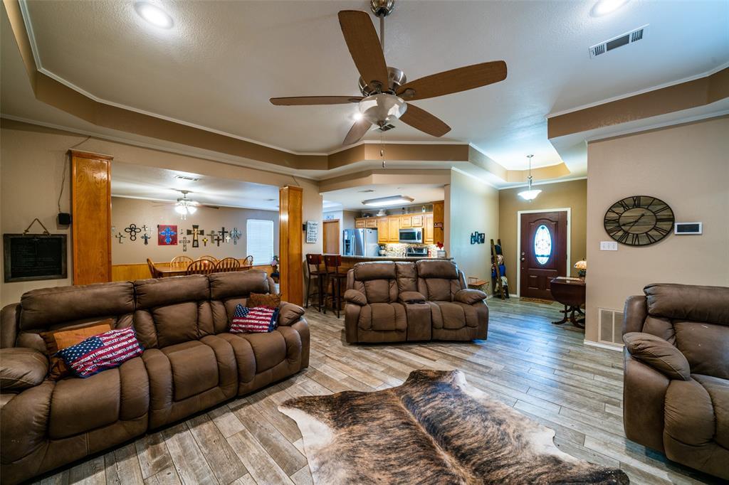 221 Sunrise  Court, Palmer, Texas 75152 - acquisto real estate best new home sales realtor linda miller executor real estate