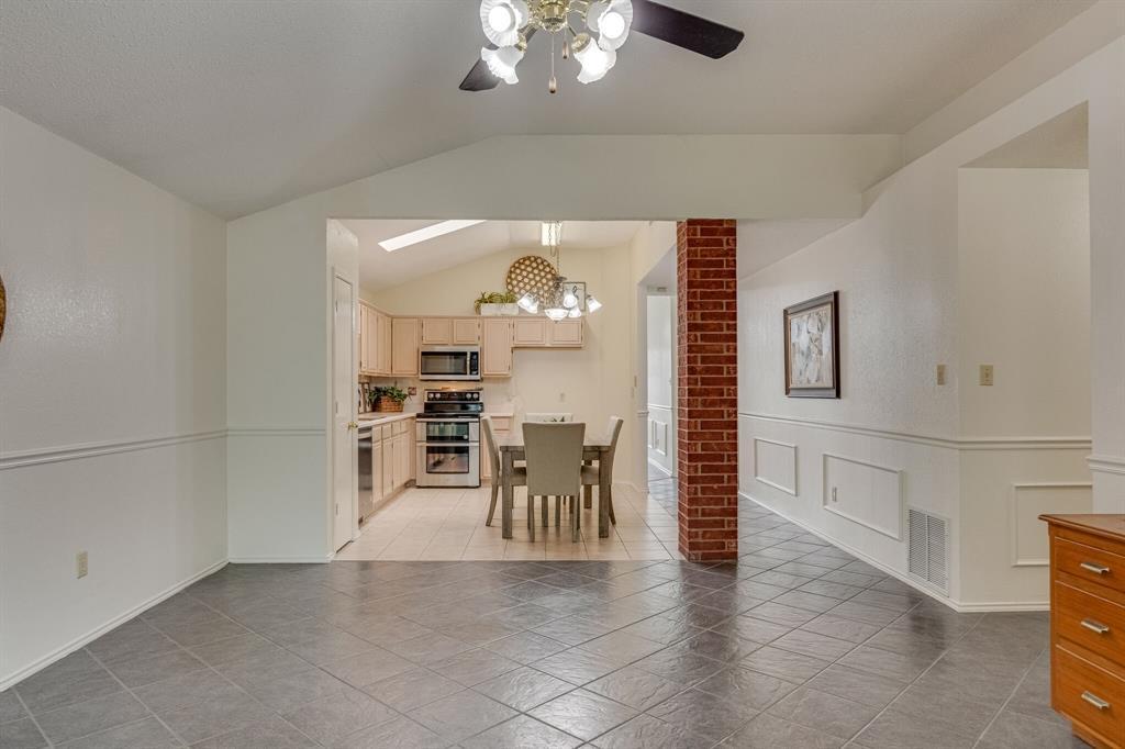 415 Sea Rim  Drive, Arlington, Texas 76018 - acquisto real estate best style realtor kim miller best real estate reviews dfw