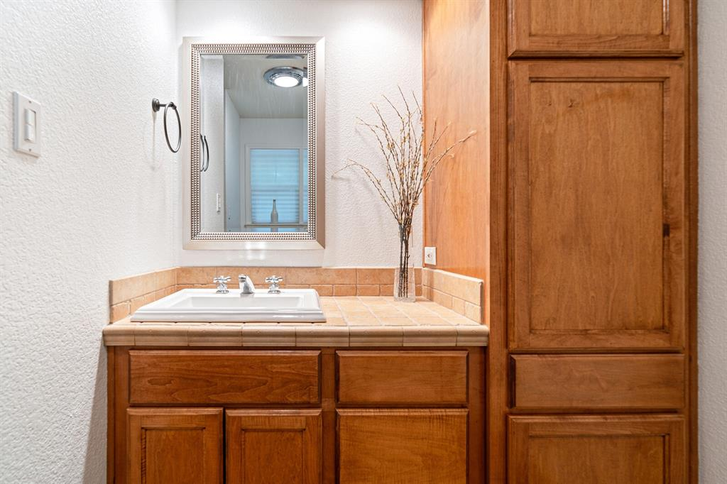 4 Sandy  Lane, Teague, Texas 75860 - acquisto real estate best photos for luxury listings amy gasperini quick sale real estate