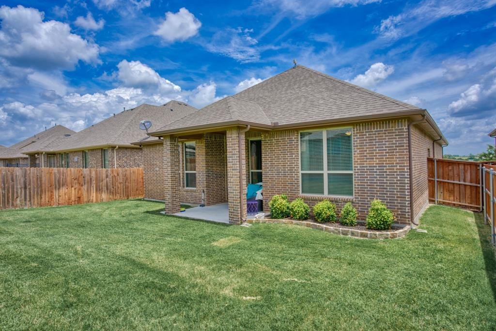 201 Mineral Point  Drive, Aledo, Texas 76008 - acquisto real estate best park cities realtor kim miller best staging agent