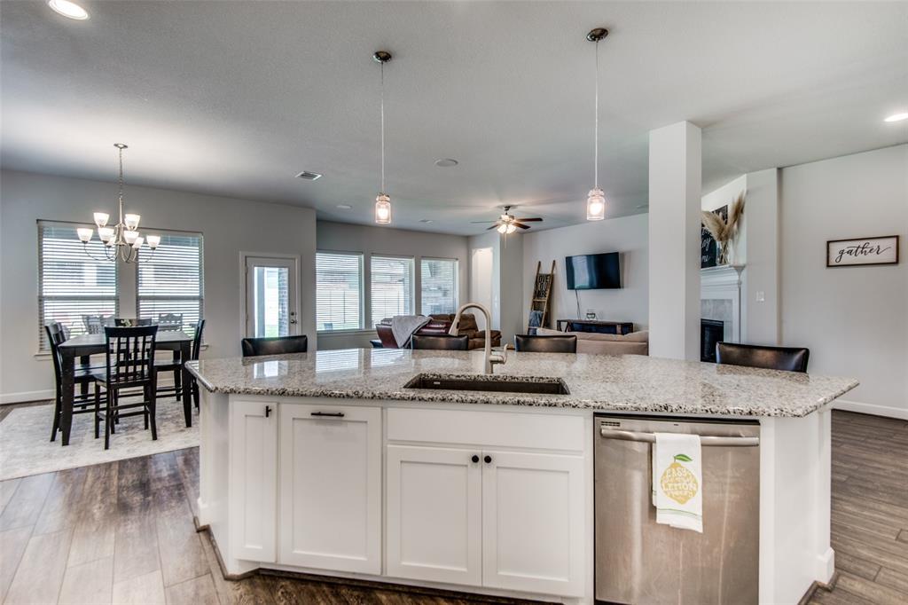 600 Sunflower  Avenue, Argyle, Texas 76226 - acquisto real estate best luxury buyers agent in texas shana acquisto inheritance realtor