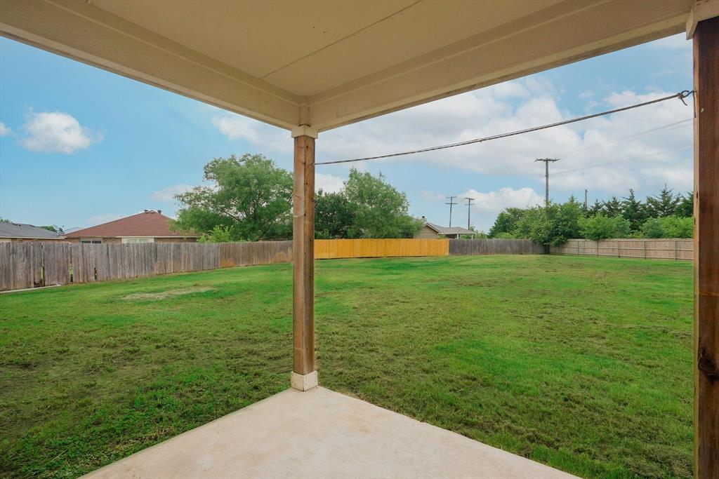 112 Jennie Marie  Circle, Ferris, Texas 75125 - acquisto real estate agent of the year mike shepherd