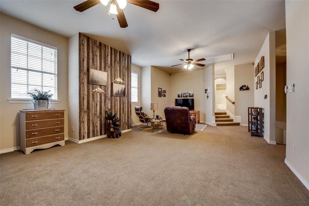 5709 Eagle Mountain  Drive, Denton, Texas 76226 - acquisto real estaet best boutique real estate firm in texas for high net worth sellers