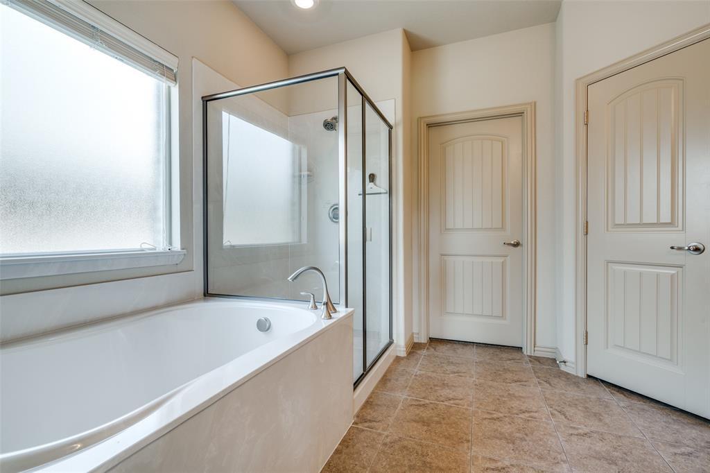 6808 San Fernando  Drive, Fort Worth, Texas 76131 - acquisto real estate best realtor foreclosure real estate mike shepeherd walnut grove realtor