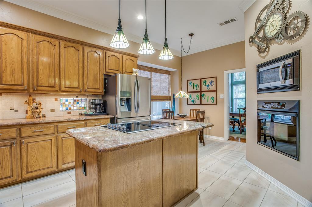 1732 Glenlivet  Drive, Dallas, Texas 75218 - acquisto real estate best listing agent in the nation shana acquisto estate realtor