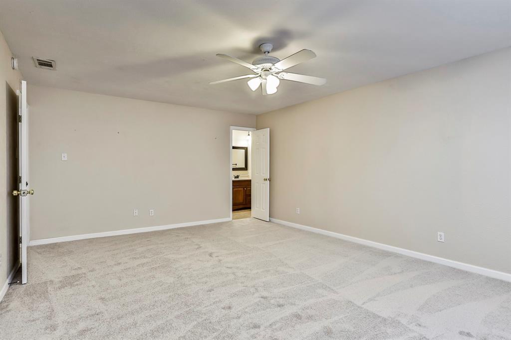 2800 Treeview  Drive, Arlington, Texas 76016 - acquisto real estate best designer and realtor hannah ewing kind realtor