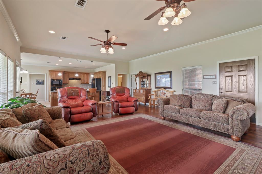 4760 Bonnie Brae  Street, Denton, Texas 76207 - acquisto real estate best highland park realtor amy gasperini fast real estate service