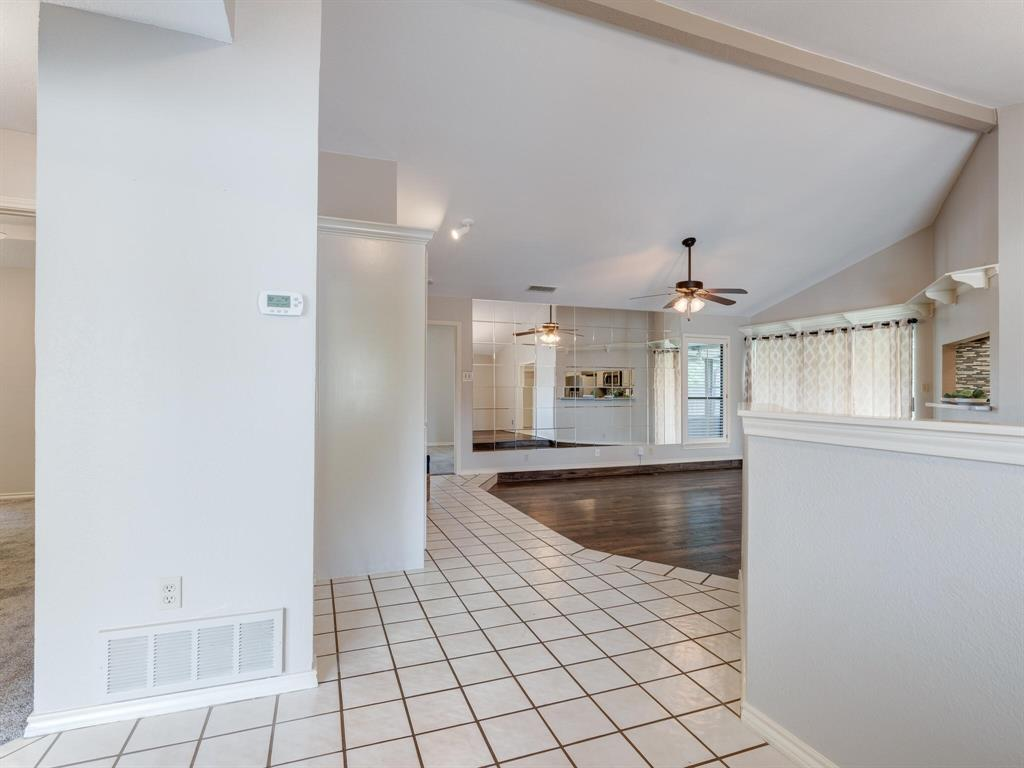 1409 Autumn Chase  Square, Bedford, Texas 76022 - acquisto real estate best prosper realtor susan cancemi windfarms realtor
