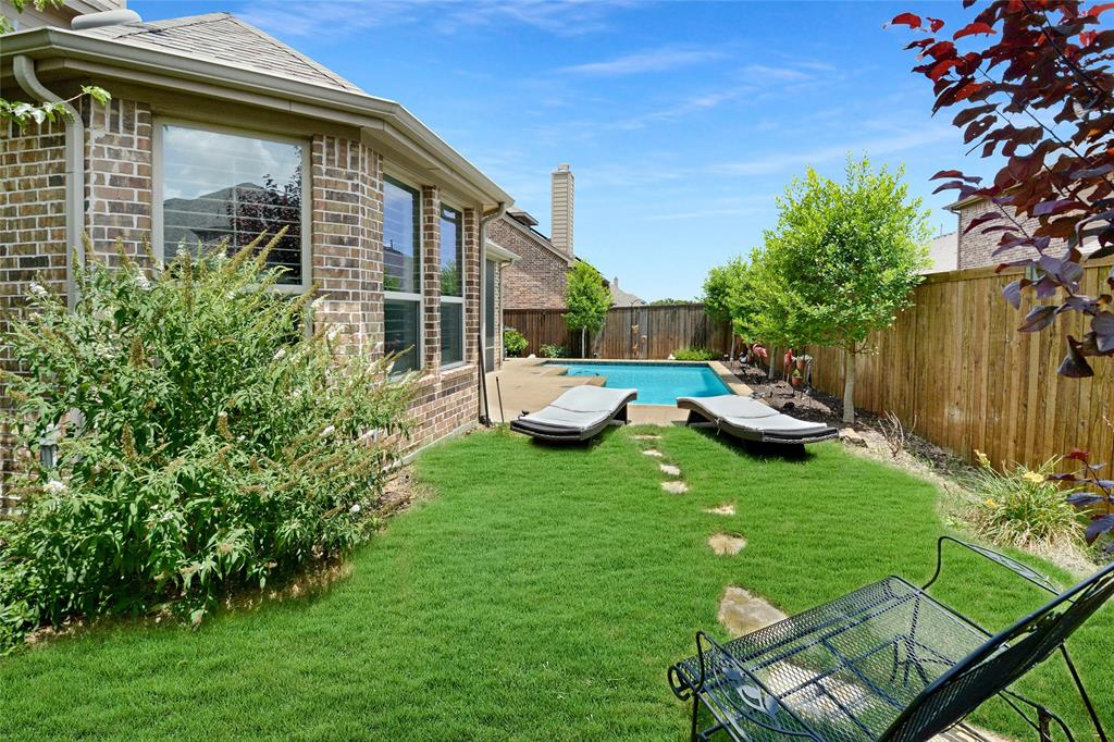 2302 Knox  Way, Melissa, Texas 75454 - acquisto real estate best realtor foreclosure real estate mike shepeherd walnut grove realtor