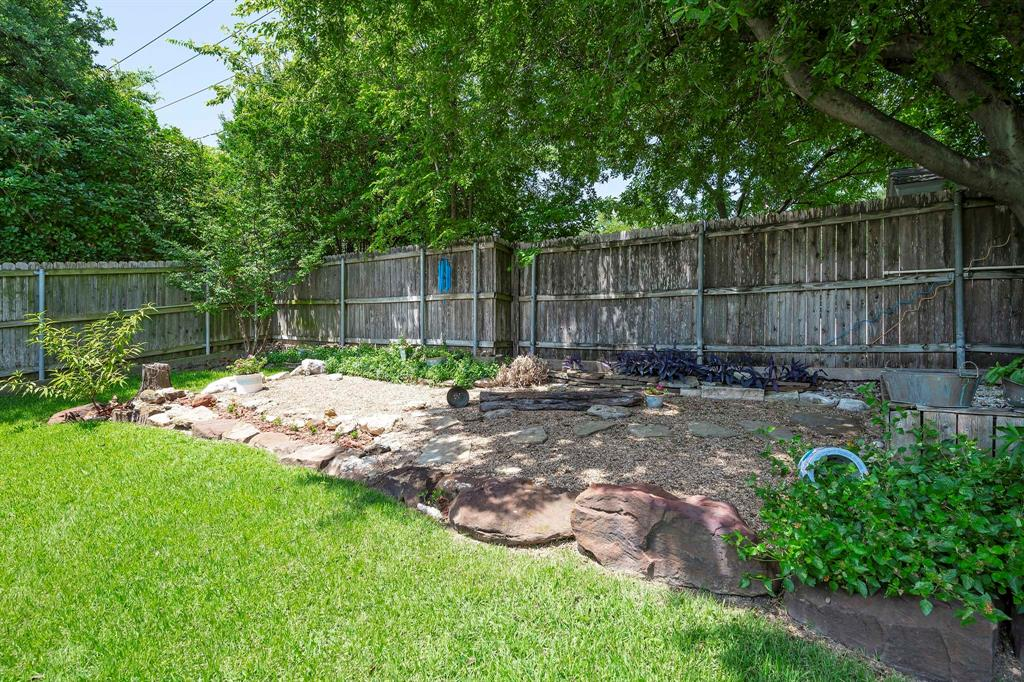 6809 Brookdale  Drive, Watauga, Texas 76148 - acquisto real estate best frisco real estate agent amy gasperini panther creek realtor