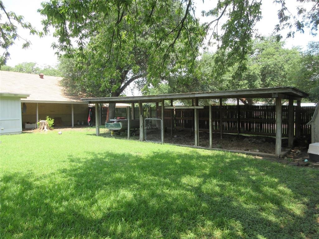 3828 London  Lane, Richland Hills, Texas 76118 - acquisto real estate best looking realtor in america shana acquisto