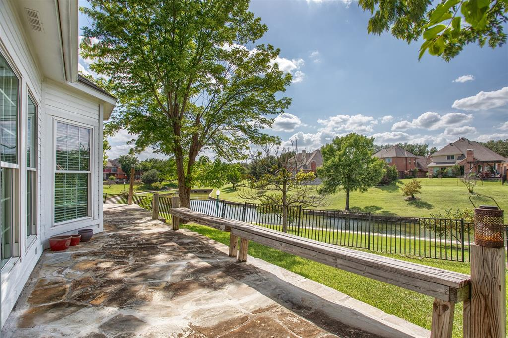 9432 Abbey  Road, Irving, Texas 75063 - acquisto real estate best plano real estate agent mike shepherd