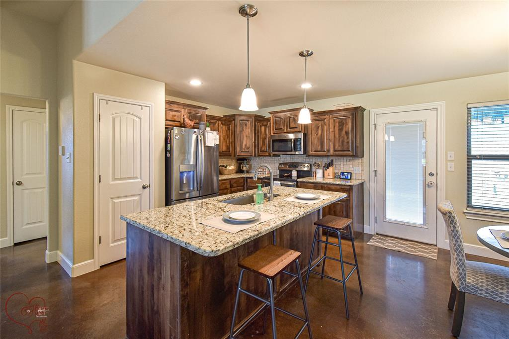 168 Big Foot  Trail, Abilene, Texas 79602 - acquisto real estate best real estate company to work for