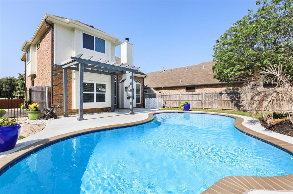 2353 Leafy Glen  Court, Bedford, Texas 76022 - acquisto real estate best realtor foreclosure real estate mike shepeherd walnut grove realtor