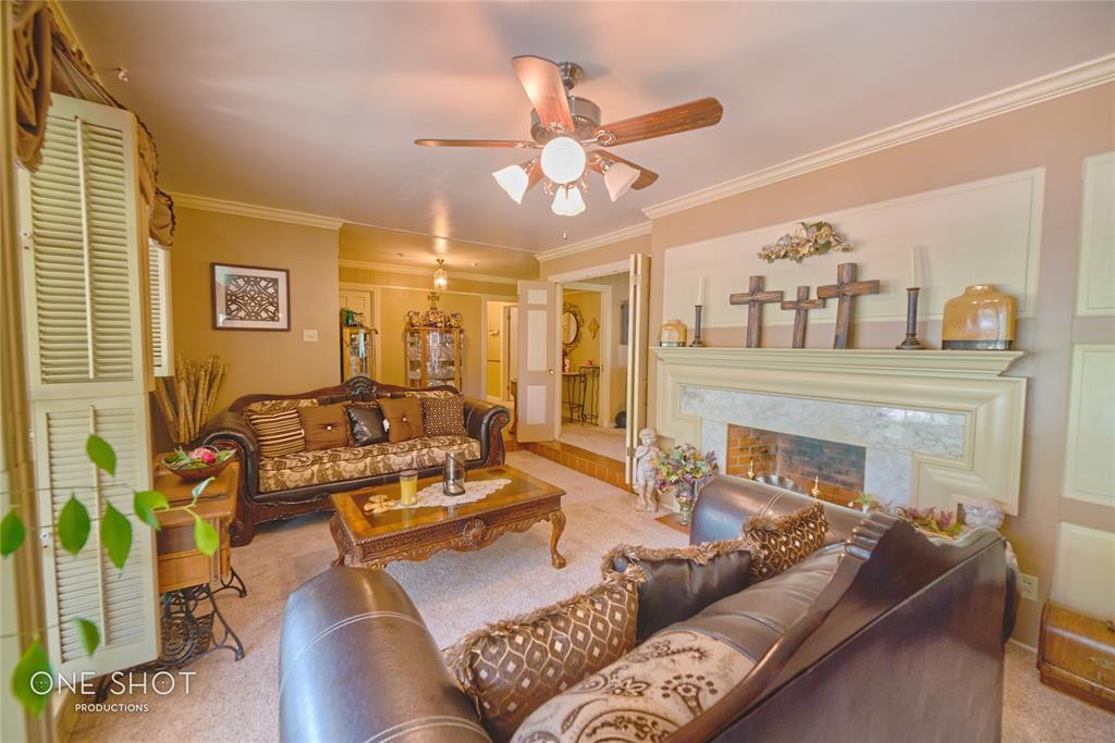 307 Hillcrest  Avenue, Eastland, Texas 76448 - acquisto real estate best prosper realtor susan cancemi windfarms realtor