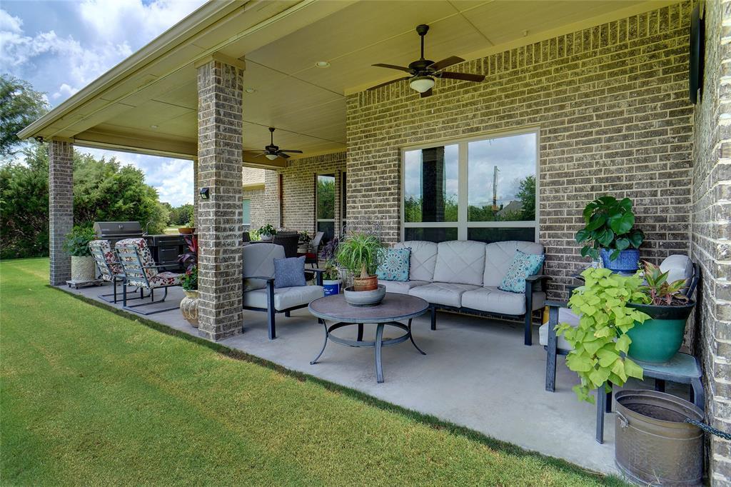 194 Horizon  Circle, Azle, Texas 76020 - acquisto real estate best realtor dallas texas linda miller agent for cultural buyers