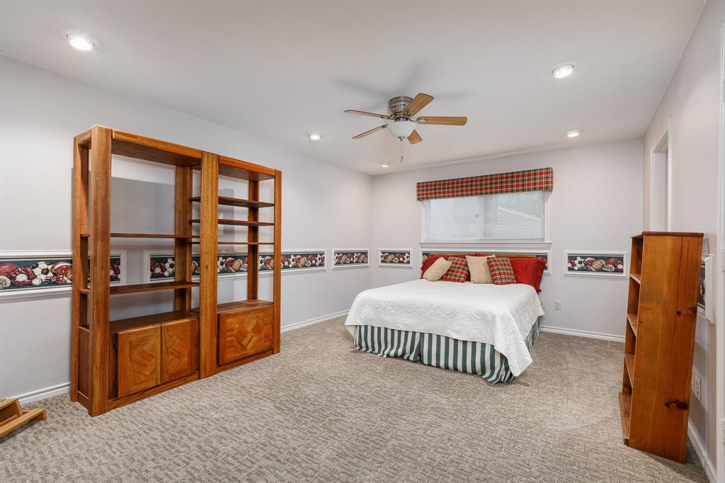 6556 Meadowcreek  Drive, Dallas, Texas 75254 - acquisto real estate best realtor westlake susan cancemi kind realtor of the year