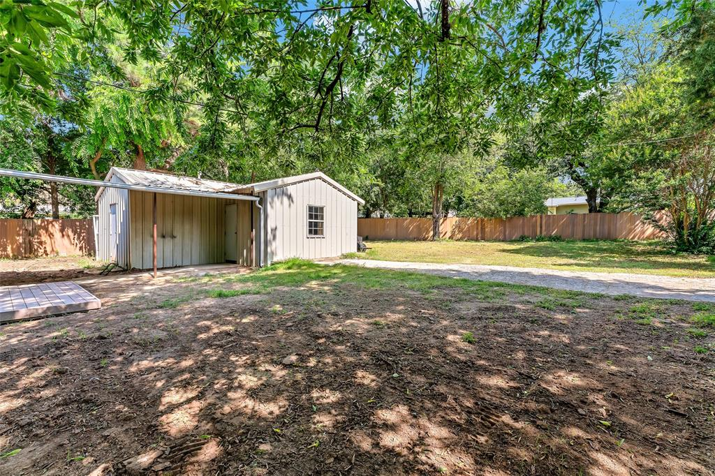 617 Alfred  Drive, Azle, Texas 76020 - acquisto real estate best plano real estate agent mike shepherd