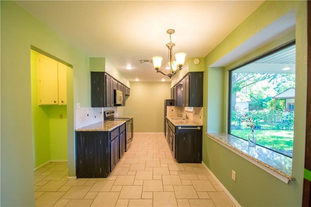 1111 Johnson  Street, Benbrook, Texas 76126 - acquisto real estate best new home sales realtor linda miller executor real estate