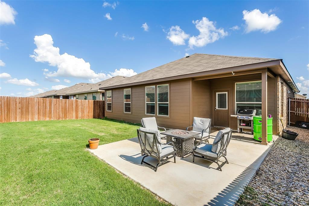 841 Doe Meadow  Drive, Fort Worth, Texas 76028 - acquisto real estate best park cities realtor kim miller best staging agent