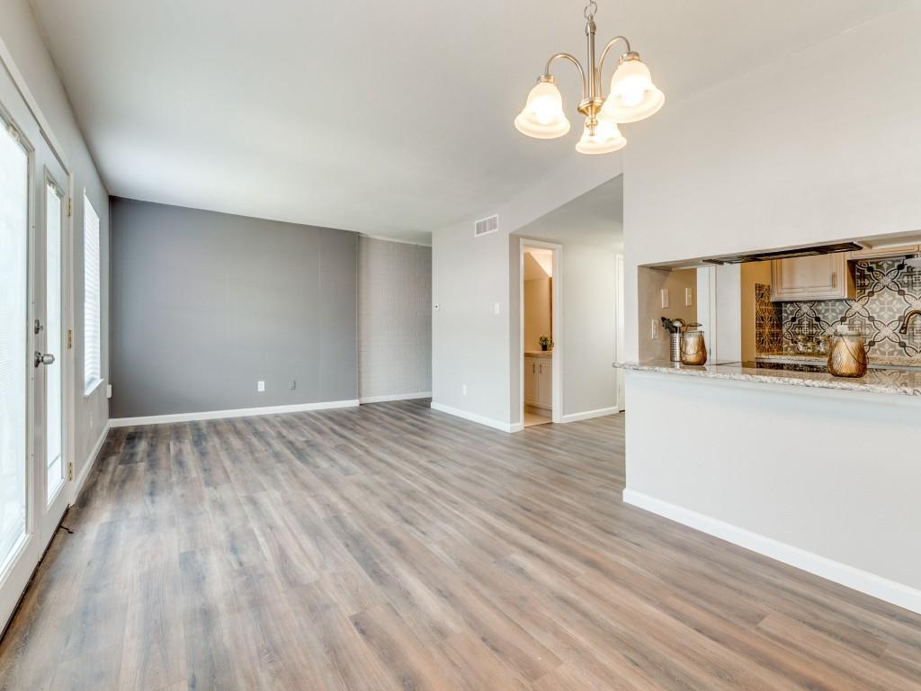 2315 Chapel Hill  Lane, Arlington, Texas 76014 - Acquisto Real Estate best plano realtor mike Shepherd home owners association expert