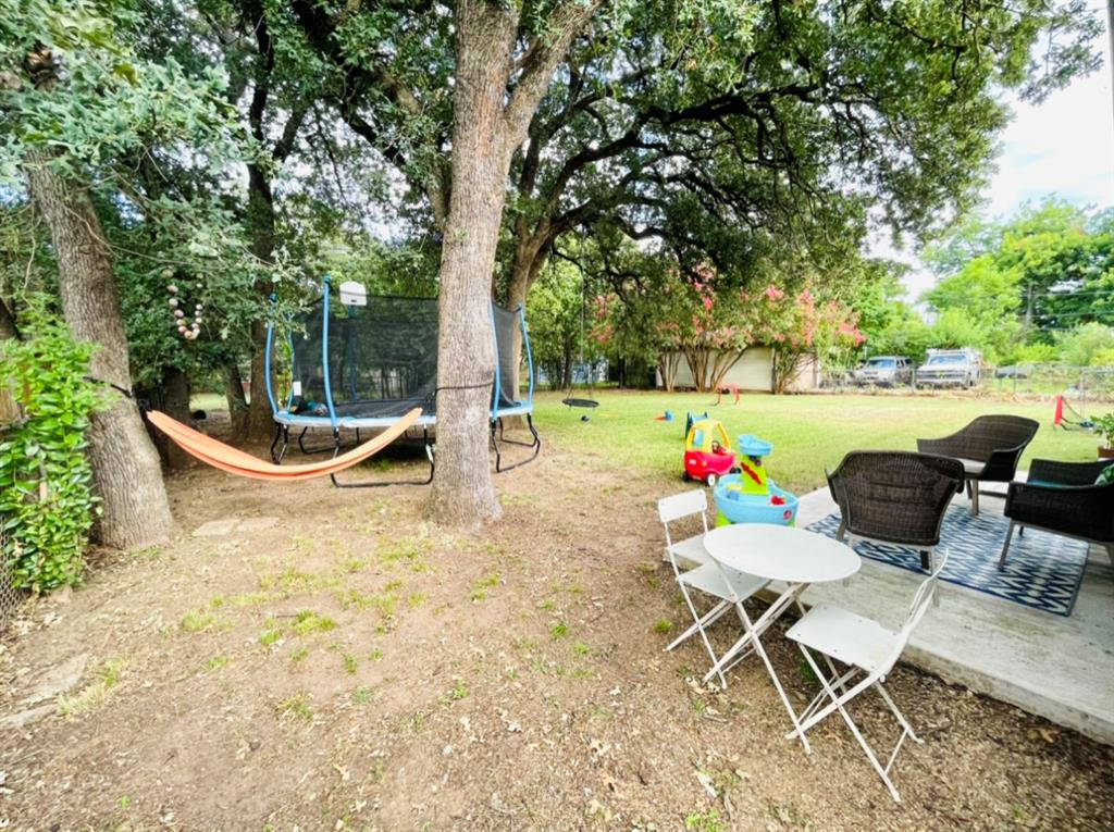 1729 Oakland  Boulevard, Fort Worth, Texas 76103 - acquisto real estate best photo company frisco 3d listings