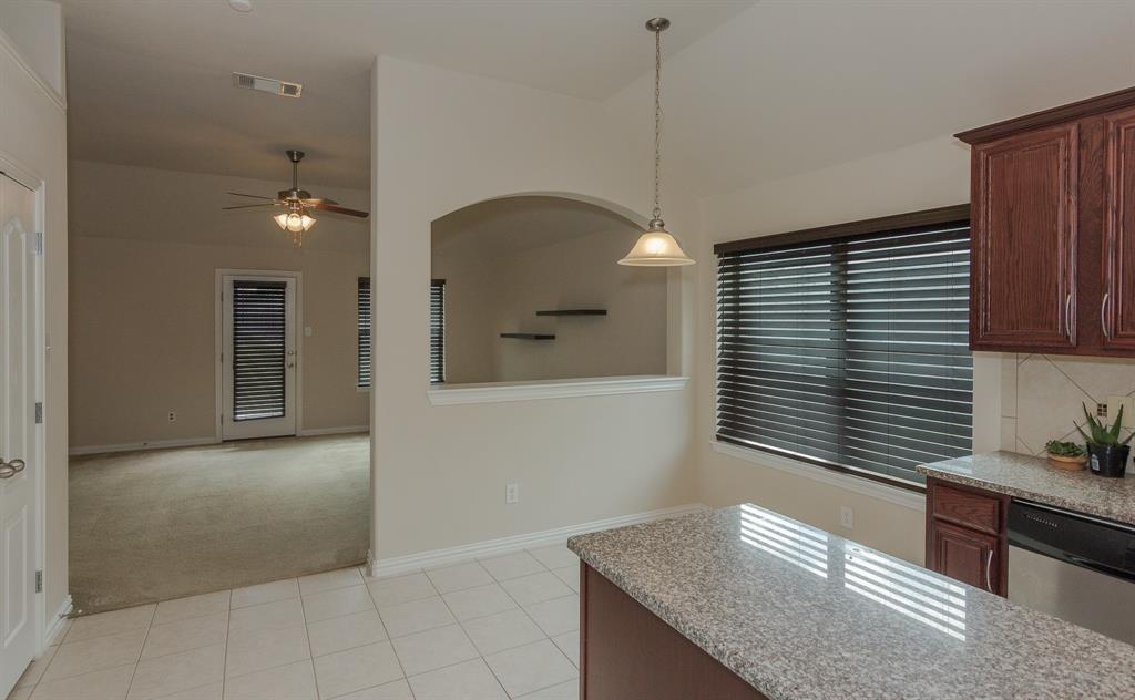 724 Sendero  Road, Arlington, Texas 76002 - acquisto real estate best highland park realtor amy gasperini fast real estate service