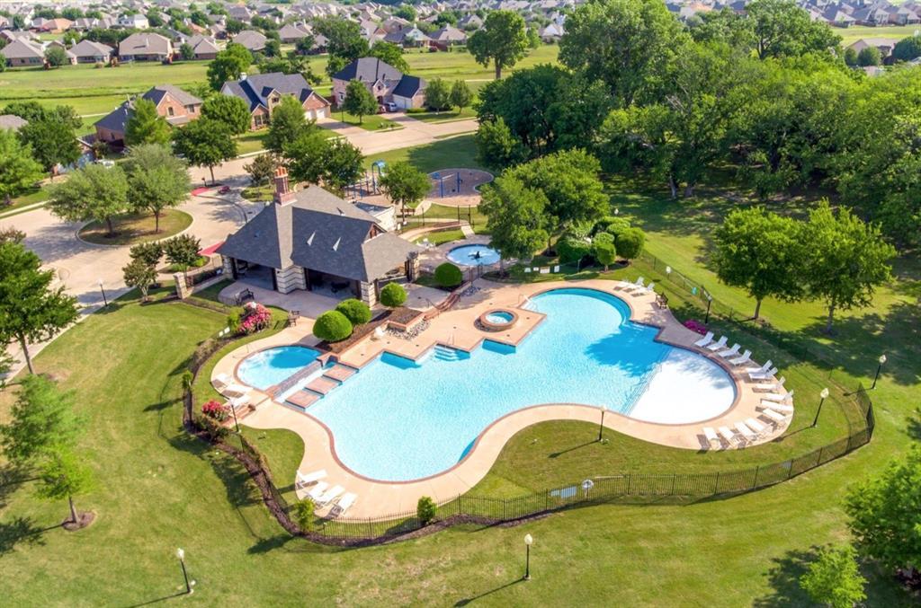 5709 Eagle Mountain  Drive, Denton, Texas 76226 - acquisto real estate best looking realtor in america shana acquisto
