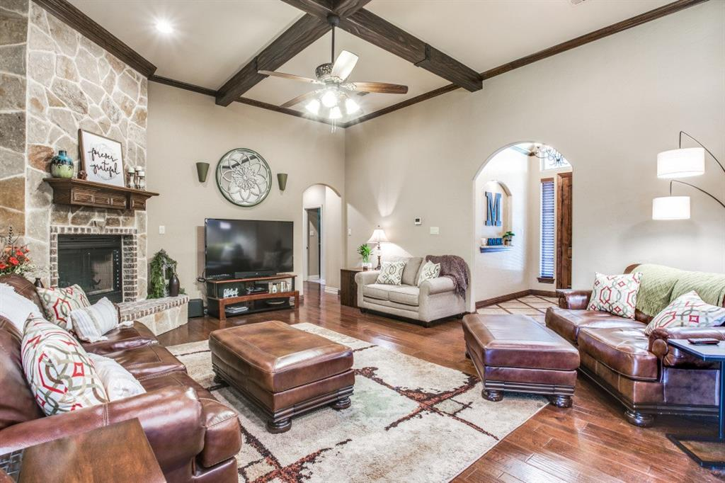 194 Horizon  Circle, Azle, Texas 76020 - acquisto real estate best prosper realtor susan cancemi windfarms realtor