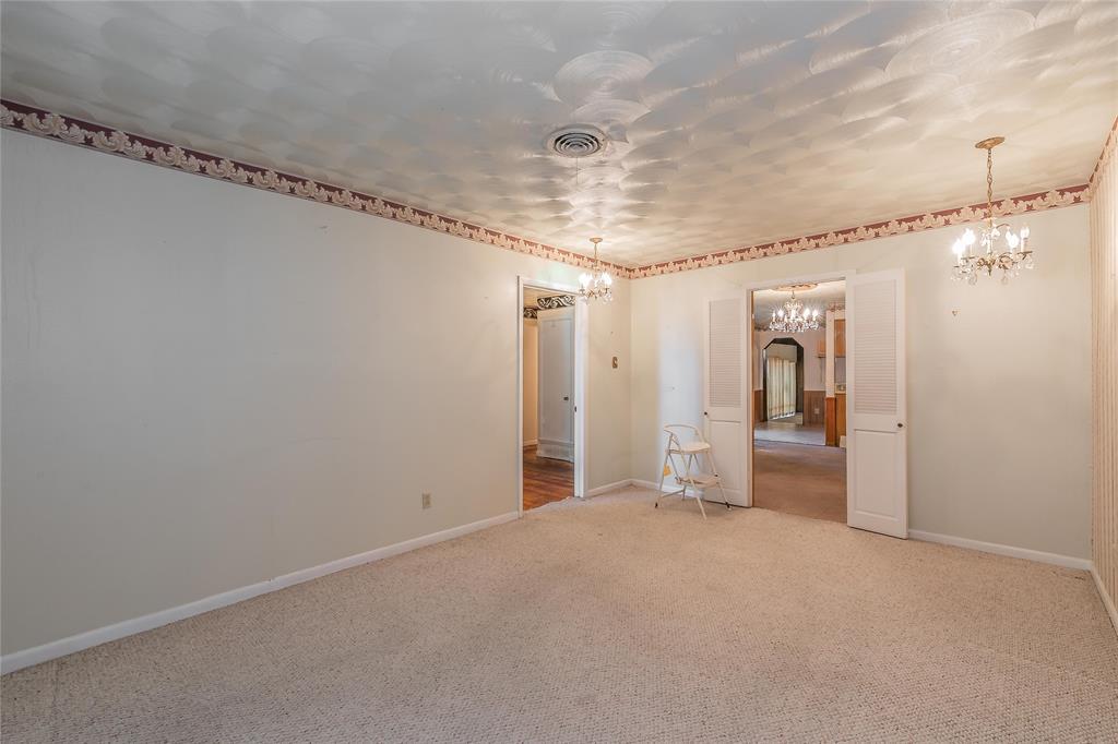 4341 Kolloch  Drive, Dallas, Texas 75216 - acquisto real estate best negotiating realtor linda miller declutter realtor