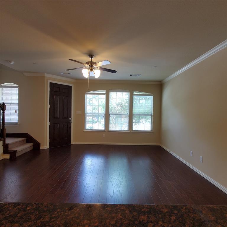 924 Grace  Lane, Lewisville, Texas 75056 - acquisto real estate best celina realtor logan lawrence best dressed realtor